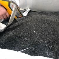 钴锰催化剂黑色粉末料(已过火),钴自然基5~6%、锰自然基6~7%,每月400多毛吨