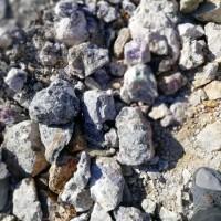 内蒙古赤峰市地区有一莹石矿山出售