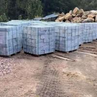收购硅石,每月六万吨,质量要求:硅98.5以上,铝和铁0.05以下。不限规格,要半水半火生硅石。