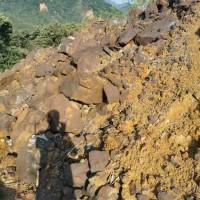 出售铜硫铁矿现货2000吨 铜0.4 硫20多  铁30多 货在韶关