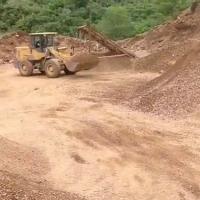 氧化锌原矿1000多吨,原矿:铅0.66锌16.3